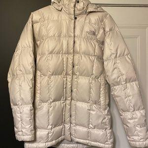 Women's North Face Coat, Size medium